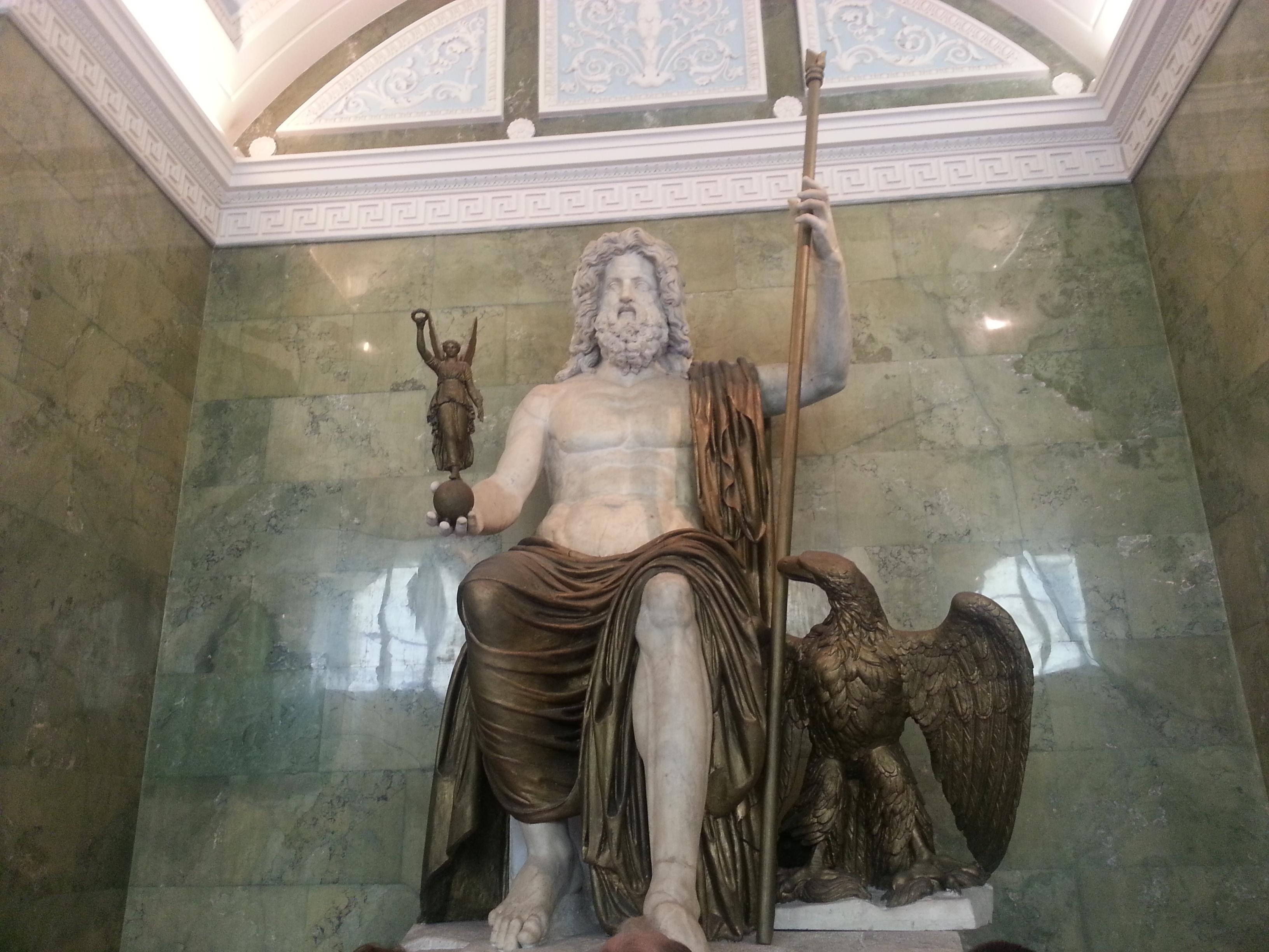 Zeus-Heykeli